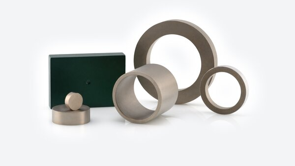 Permanent Magnets made of VACOMAX with various coatings